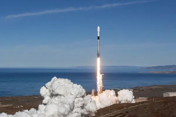 A SpaceX Falcon 9 rocket launch in December 2018. US Air Force Photo/Alamy Stock Photo