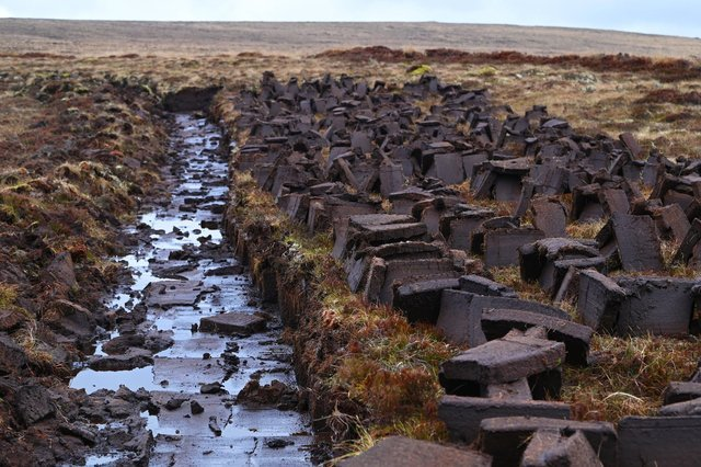 Peat cutting on the Moine near the Spaceport site.
